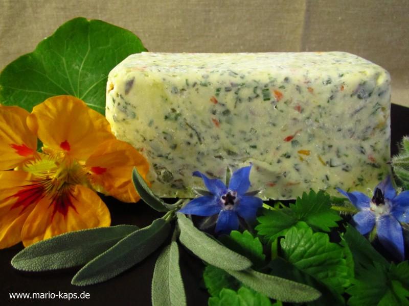 Kräuter-Blüten-Butter_20P