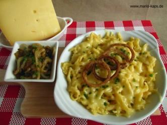 Käsepätzle mit Röstzwiebeln - immer wieder gut