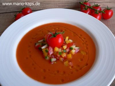 Gazpacho-Anrichtevorschlag1_400x300