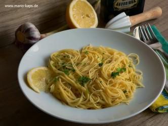 Capellini al Limone (mit Zitronen-Knoblauch-Sauce)