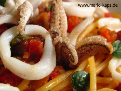 Calamaretti-Chorizo-Spaghetti-Detail4_400x300