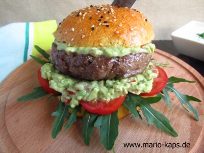 Lammhackburger_Avocado-Salsa-Detail2_10P
