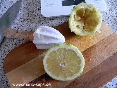 2016_Juli_Limonade_Zitronen_auspressen