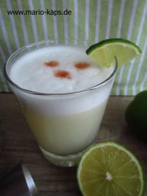 Pisco_Sour_Cocktail_10P