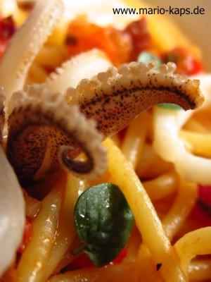 Calamaretti-Chorizo-Spaghetti-Detail2_300x400