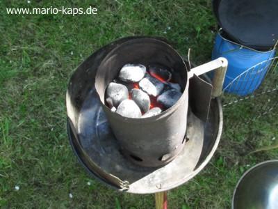 Camping-Anzündkamin1_400x300