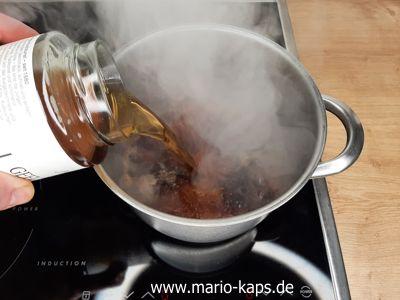 Sweet Chili Sauce - Karamell ablöschen